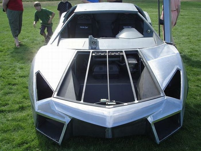 94327 - Convertir de Pontiac a Lamborghini Reventon